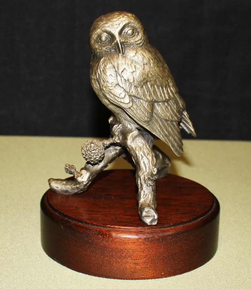 1976 Irving Burgues Pygmy Owl Fine Pewter Sculpture Statue on Wood Base, Signed