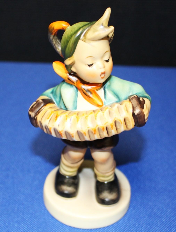 """Goebel Hummel Accordian Boy 5.5"""" Figurine #185 TMK-2"""