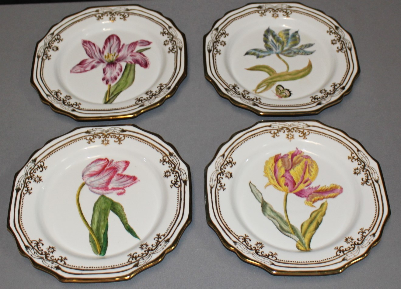 """Set of 4 Wong Lee 1895 Floral 10"""" Collectors Décor Wall Plates"""