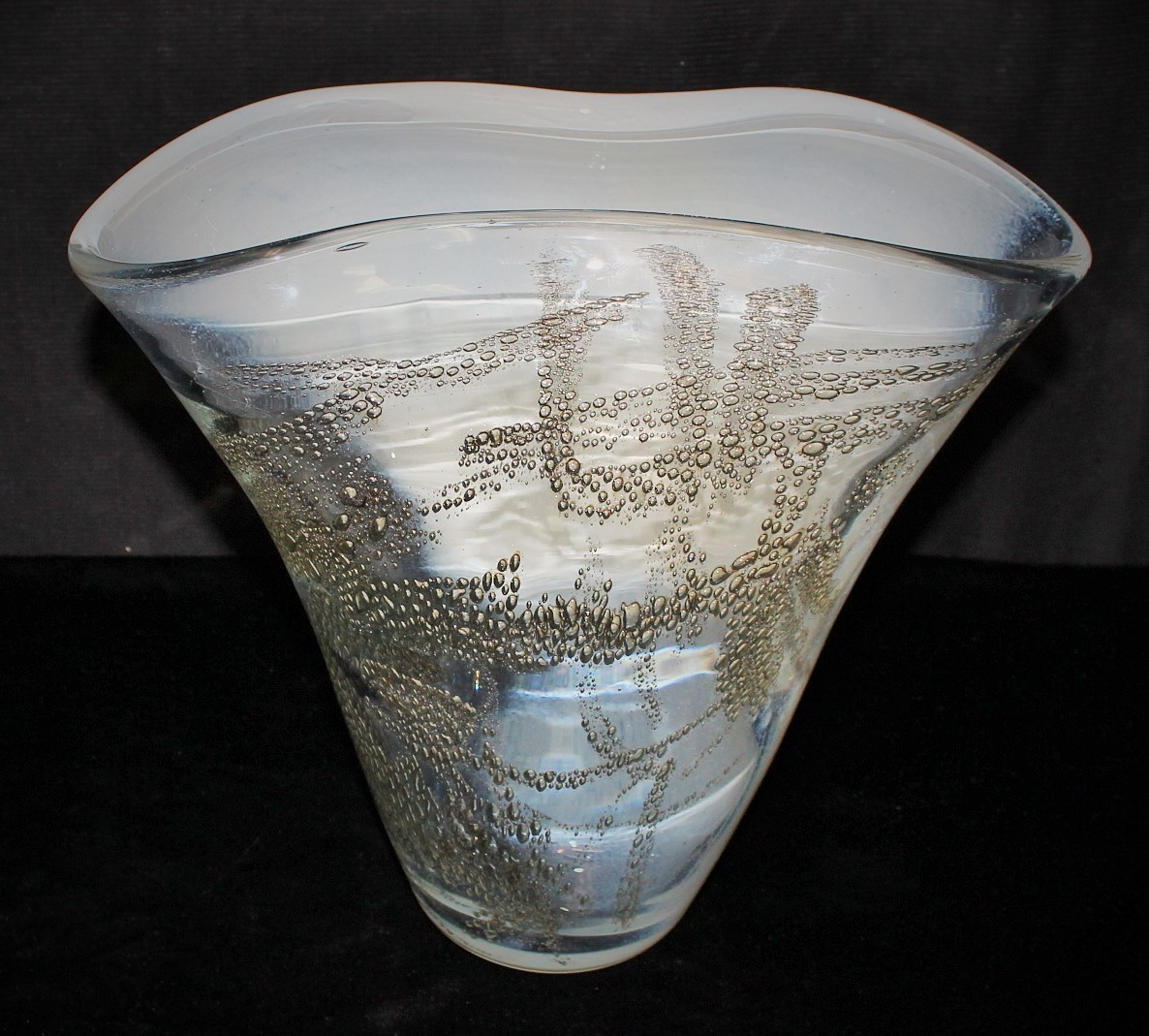 Elegant Hand Blown White/Clear Glass w/ Gold Bubble Art Flared Vase, Signed