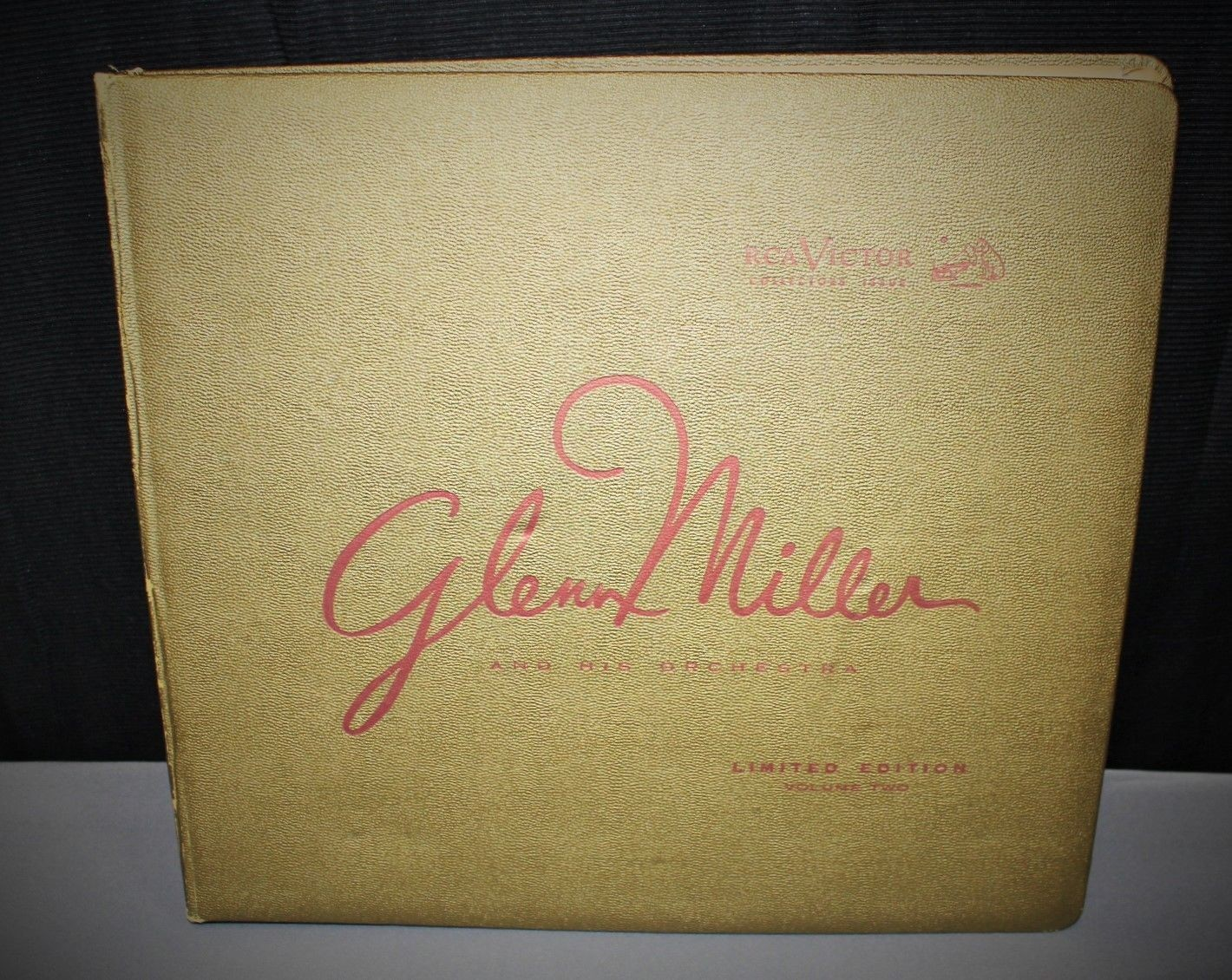 Glenn Miller Limited Edition BB 416 RCA 33 RPM Victor Records Collectors Album, Complete