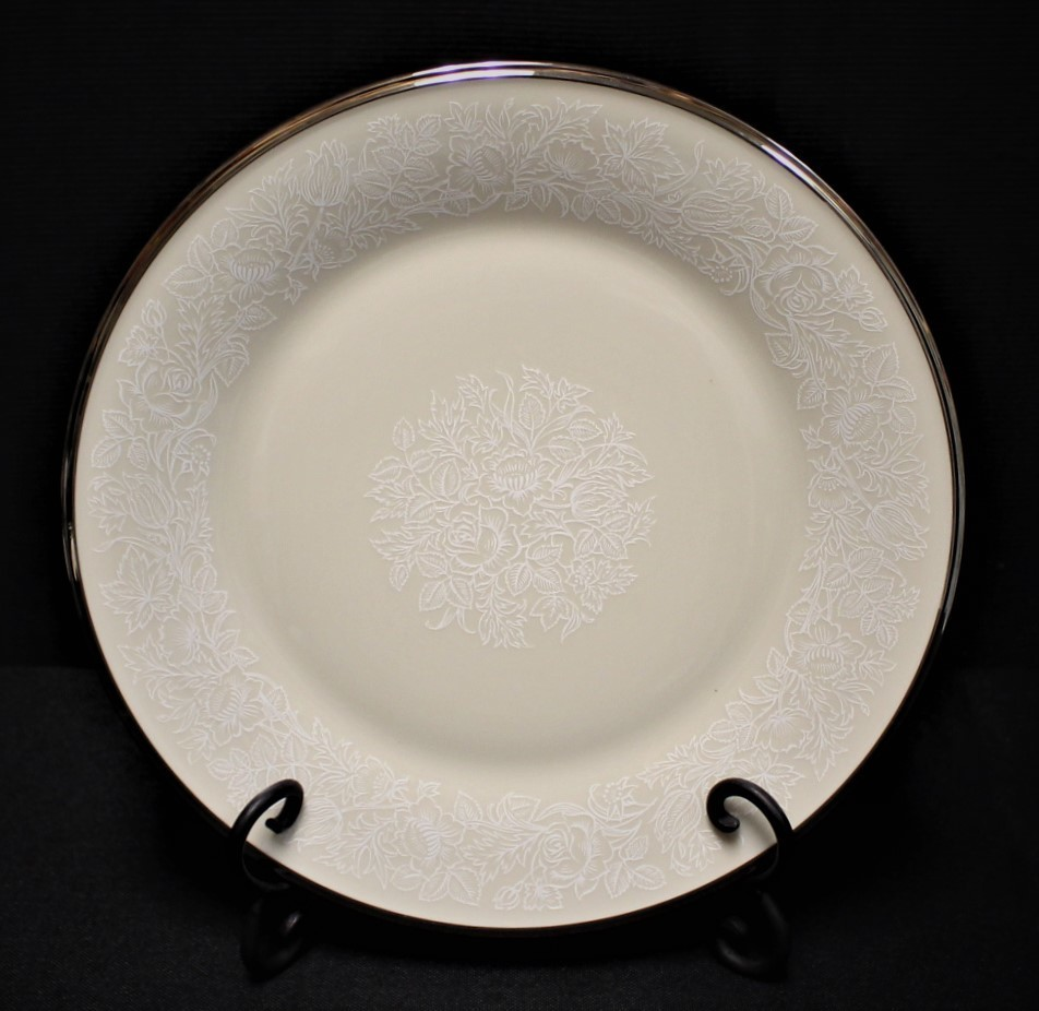 "Lenox Moonspun 10.75"" Dinner Plate Ivory Floral Pattern w/ Platinum Trim"