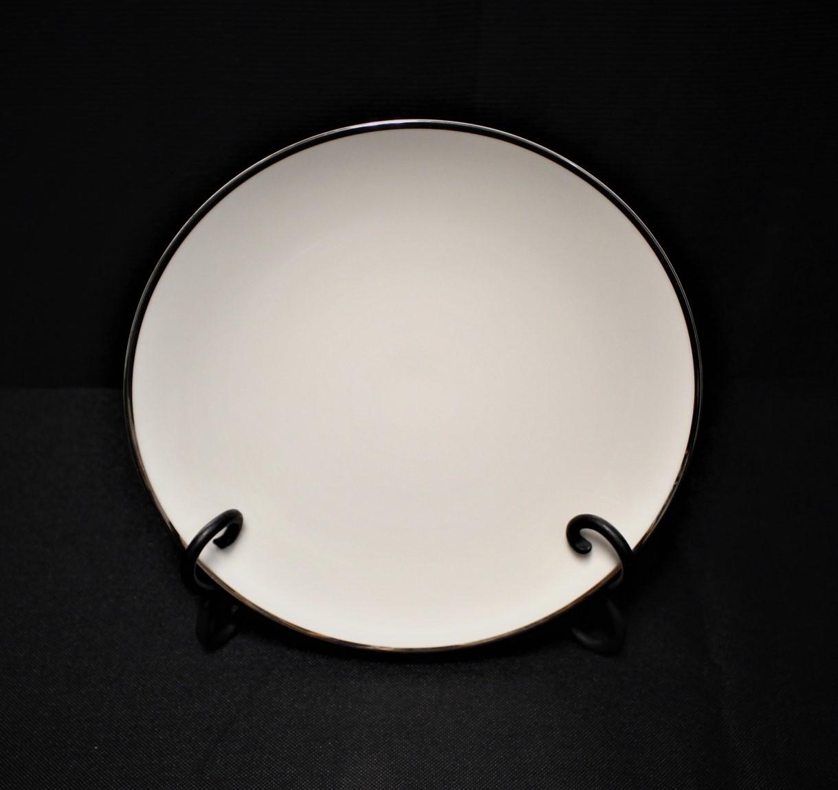 "Noritake Ivonne 7522 Ivory China 8 3/8"" Salad Plate w/ Platinum Trim"