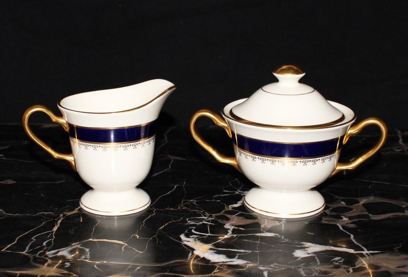 Pickard Washington Cobalt Blue & 24KT Gold Footed Creamer & Covered Sugar Set