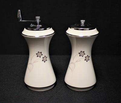 Flintridge China Starflower Salt & Pepper Mill Set w/ Platinum Trim