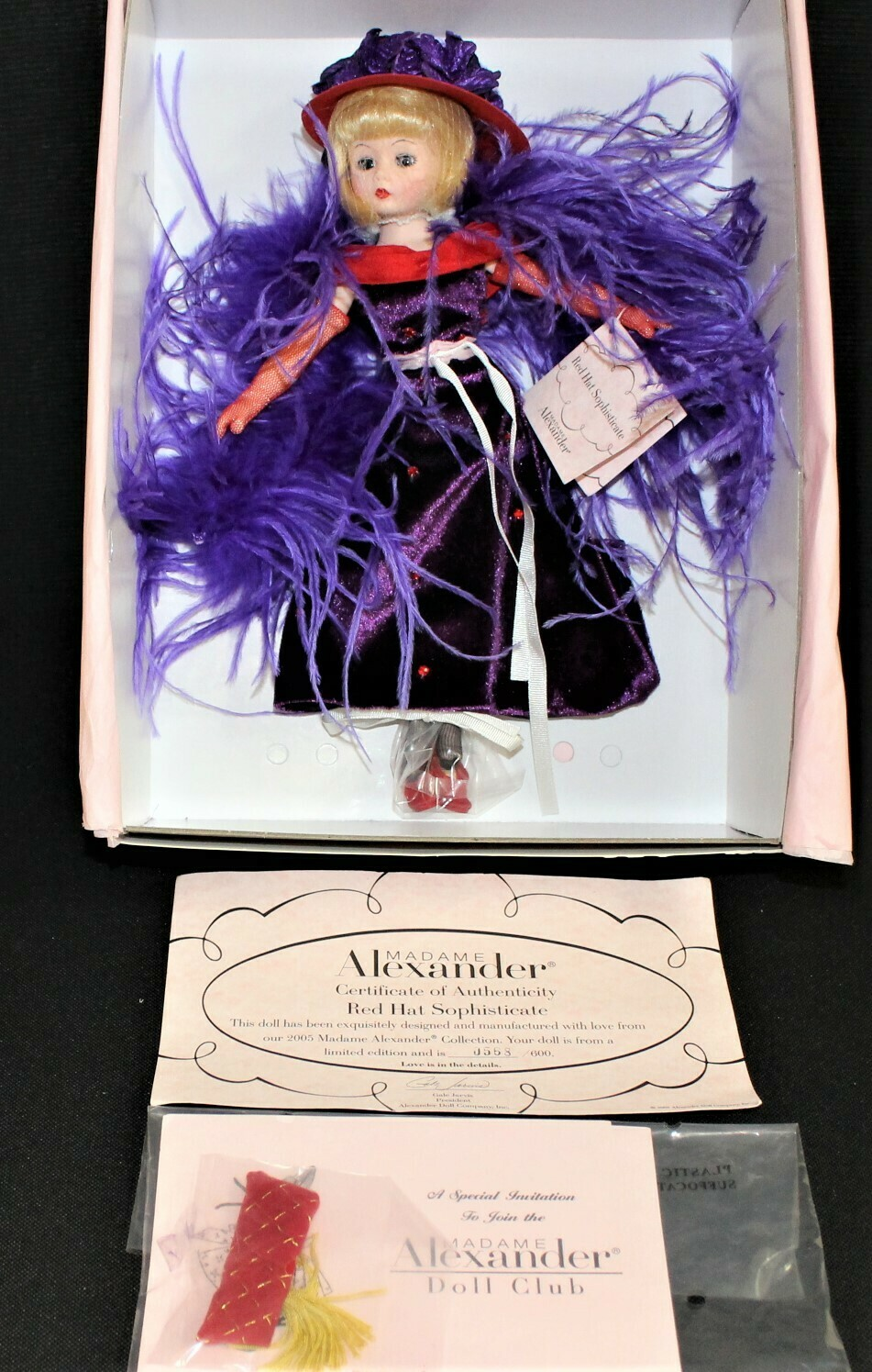 Madame Alexander Red Hat Sophisticate 40855 Doll #568/600 w/ COA & Original Box