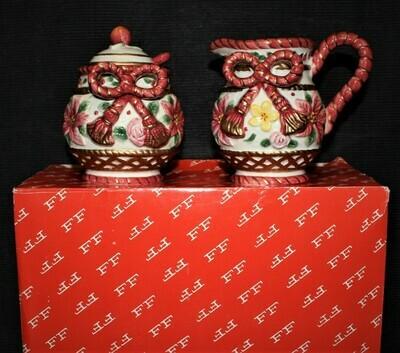 Fitz & Floyd Father Christmas Poinsettia 4-Piece Creamer & Sugar Set in Original Box