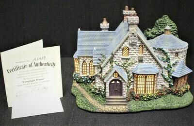 "Thomas Kinkade 2001 ""Lamplight Manor"" Hawthorne Village House #A6369"