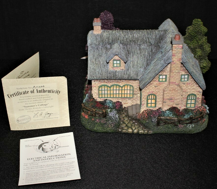 "Thomas Kinkade 2003 ""Summer's Cottage"" Hawthorne Village Lamplight #A0223"