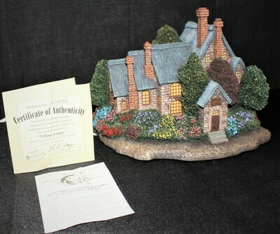 "Thomas Kinkade 2002 ""Village Lodge"" Hawthorne Lamplight #A0436"