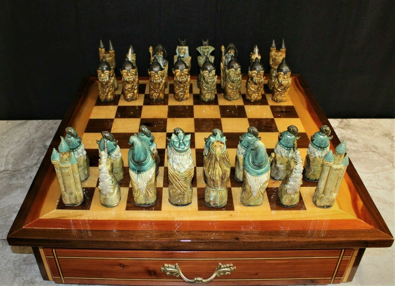 Lord of the Rings Tolkein Large Wood Inlay Chess Board Game Set Signed