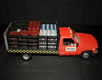 1996 Mobil Oil Limited Edition Collectors Toy Stake Freight & Pallet Truck