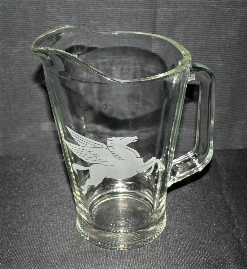 Vintage Mobil Oil Heavy Clear Glass Etched Flying Pegasus Horse Pitcher