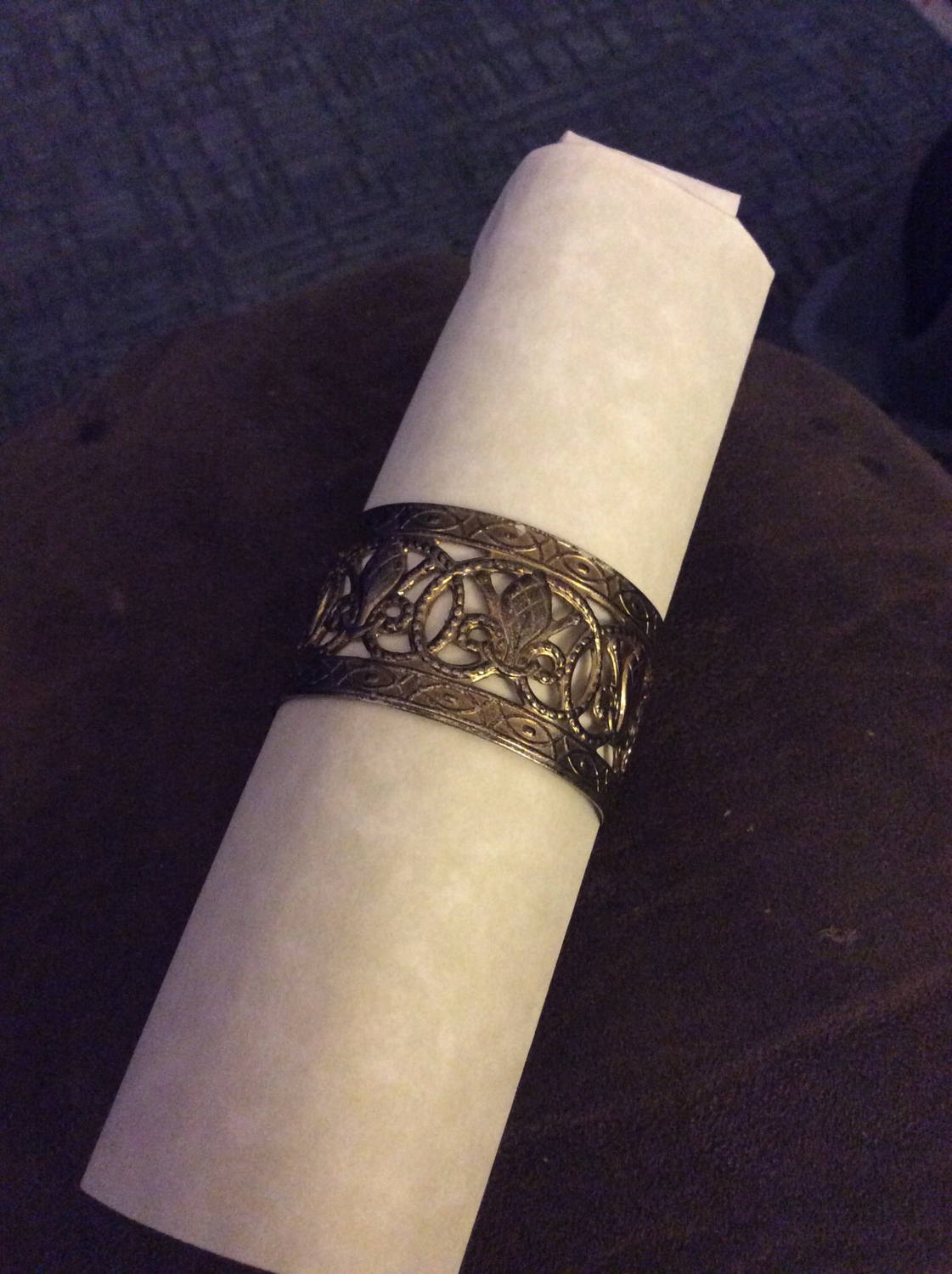 Napkin ring to hold paper scroll Promote restore peace in thy family