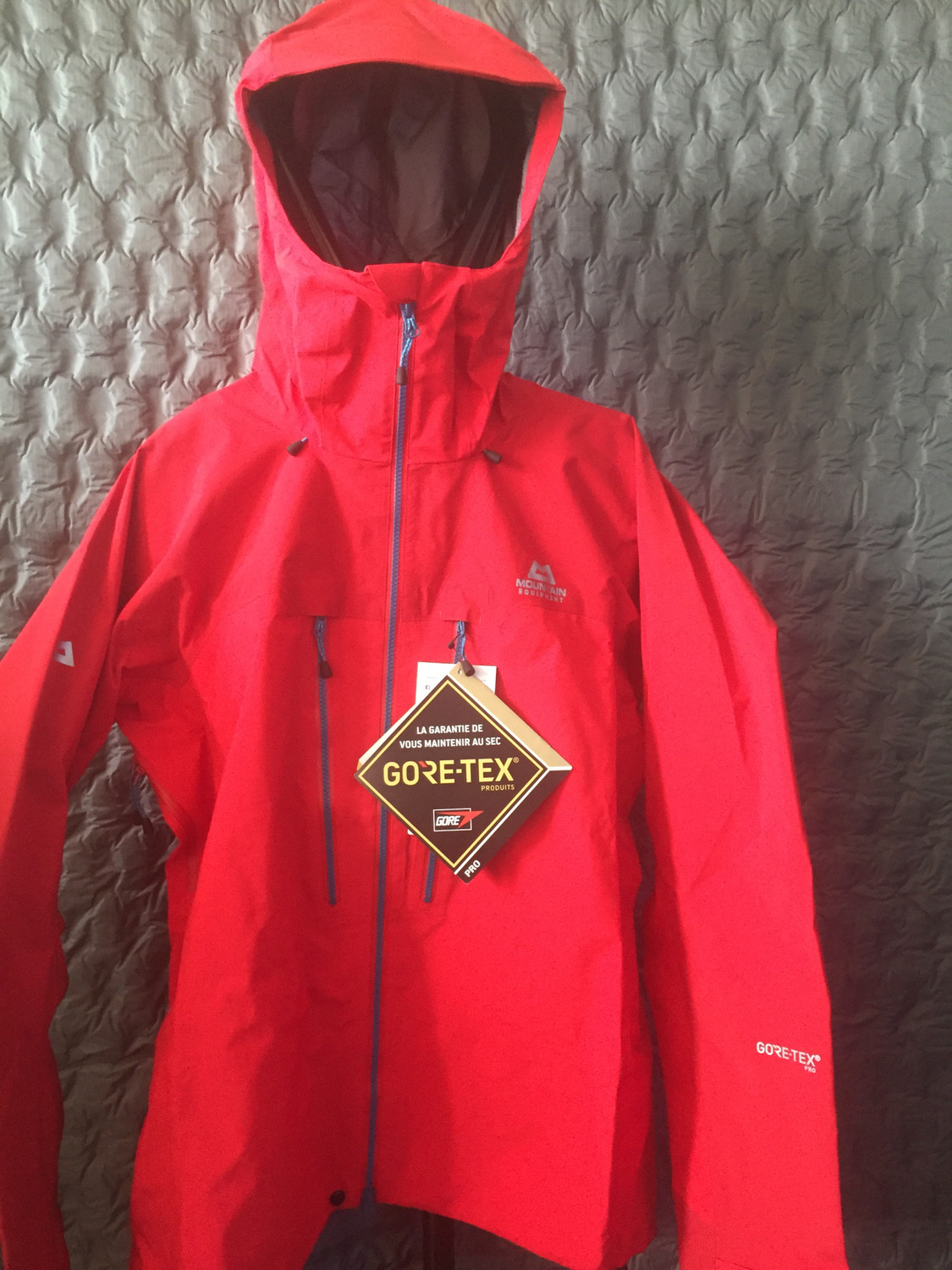 MOUNTAIN EQUIPMENT TUPILAK GORETEX PRO JACKET RED X-LARGE