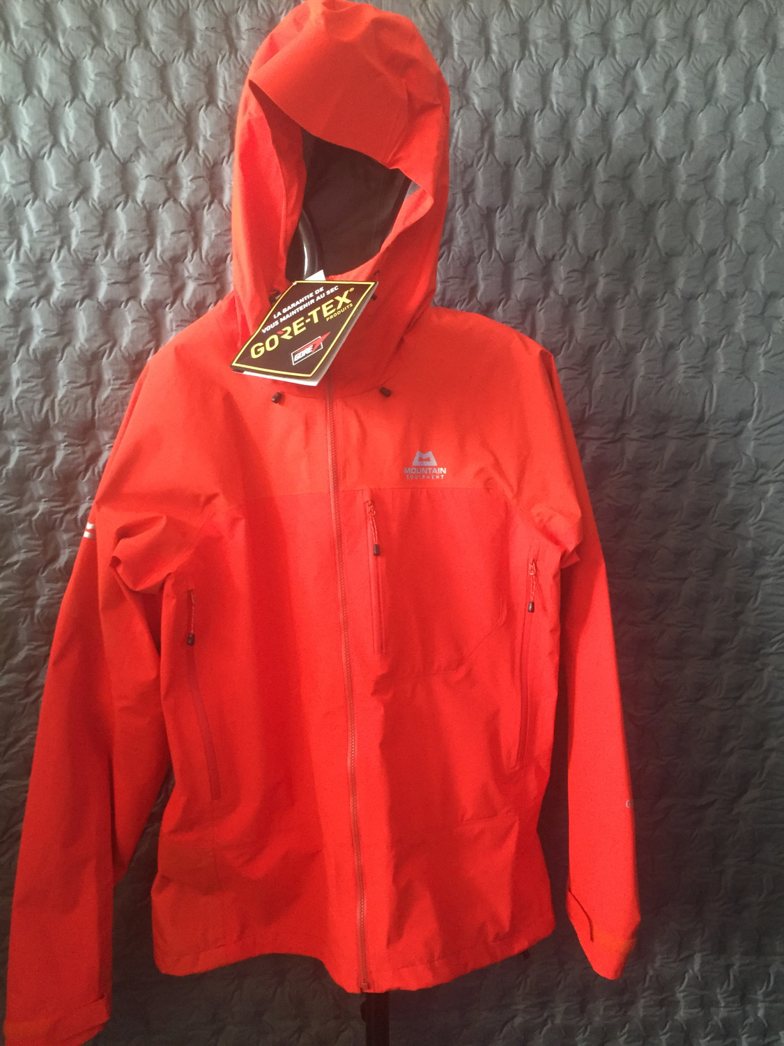 MOUNTAIN EQUIPMENT LHOTSE ATMO JACKET MAGMA LARGE
