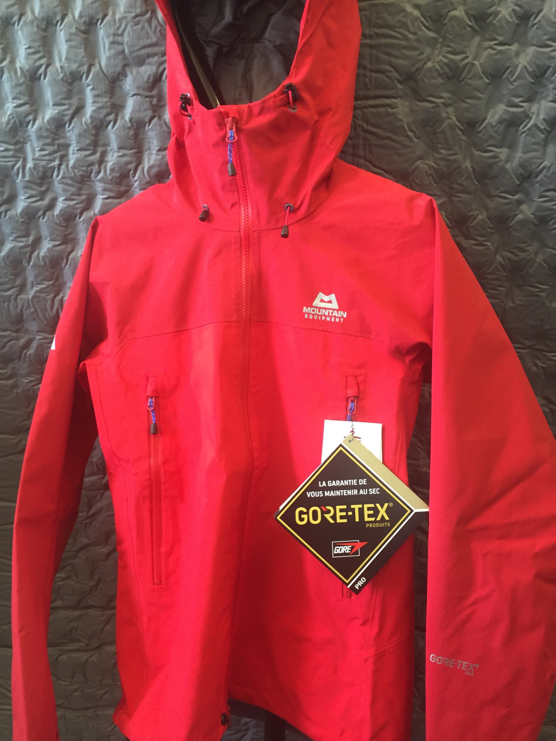 MOUNTAIN EQUIPMENT JANAK GORETEX PRO JACKET SMALL IMPERIAL RED