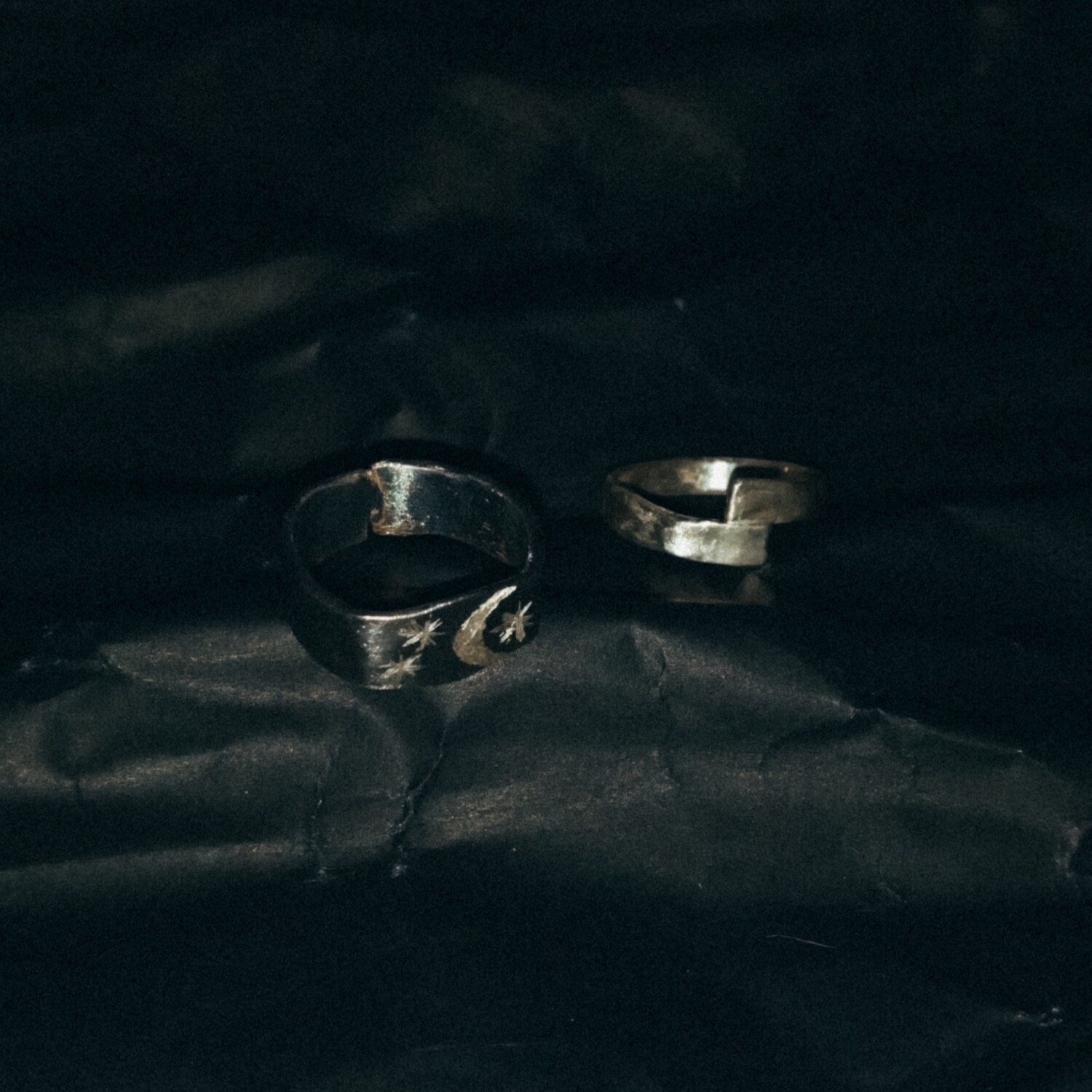 *SIZE 6.5 'Starry Night' and Misaligned Ring Set