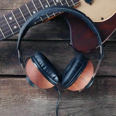 SAMPLE. Headphone