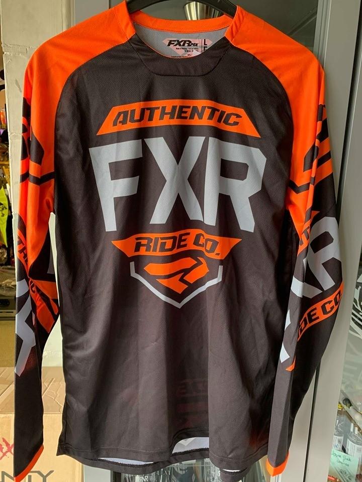 FXR shirt clutch