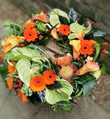 Exotic tropical wreath