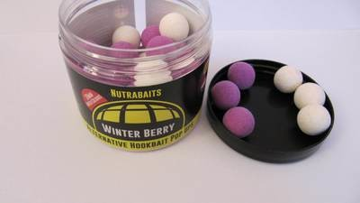 Бойлы плавающие Alternative Hookbait Pop-Ups Winter Berry- Зимняя Ягода