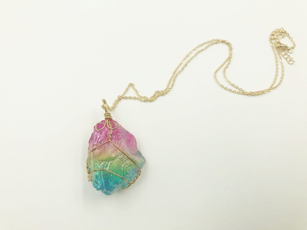 Rainbow Quartz crystal 10061