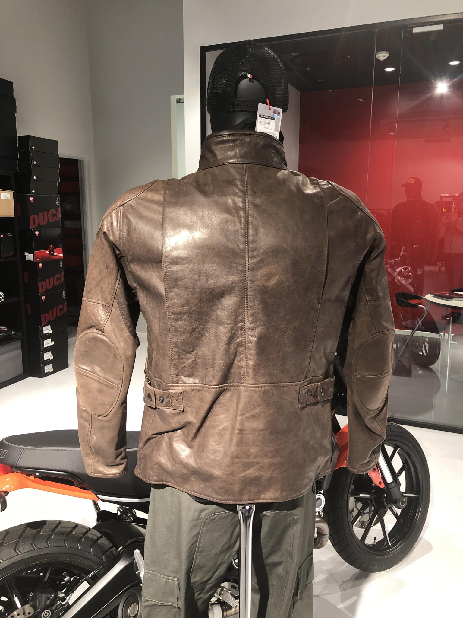Scrambler Pelle Ducati