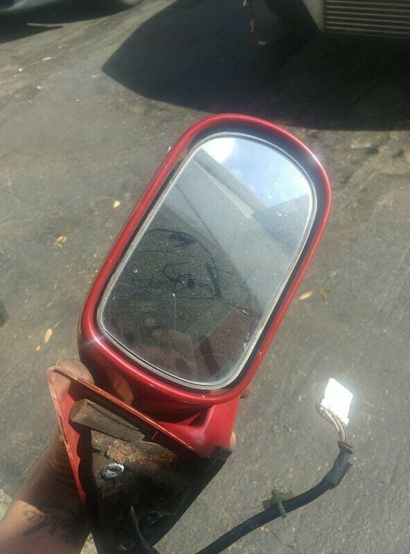 r32 driver mirror complete ah3 (used - functions properly paint has some small scratches a little bit of rust where mounts to car)