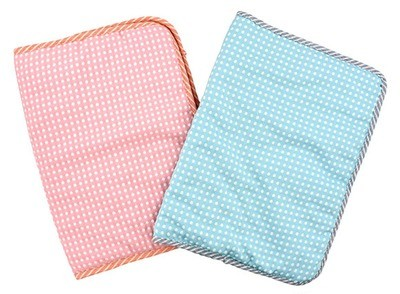 Breathable Quilted Small Pet Mat (Blue or Pink with White Dots)