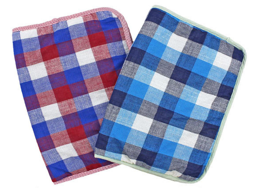 Breathable Quilted Small Pet Mat (Red or Blue Plaid)