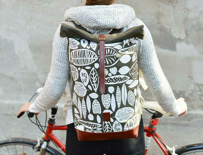 Backpack Gray with foxes