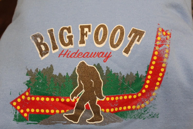 Big Foot Hideaway Sign T-shirt