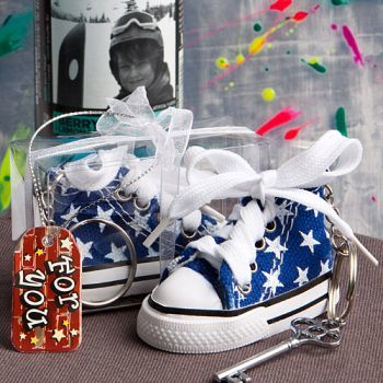 Oh-So-Cute Blue Star Print Baby Sneaker Key Chain 242-BabyBlue