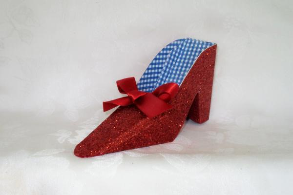 Dorothy's Ruby Red Shoe Favor Box 141-SHOE
