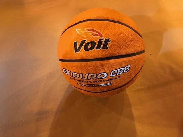 """Women's Basketball, Intermediate size, 28.5"""", indoor/outdoor"""