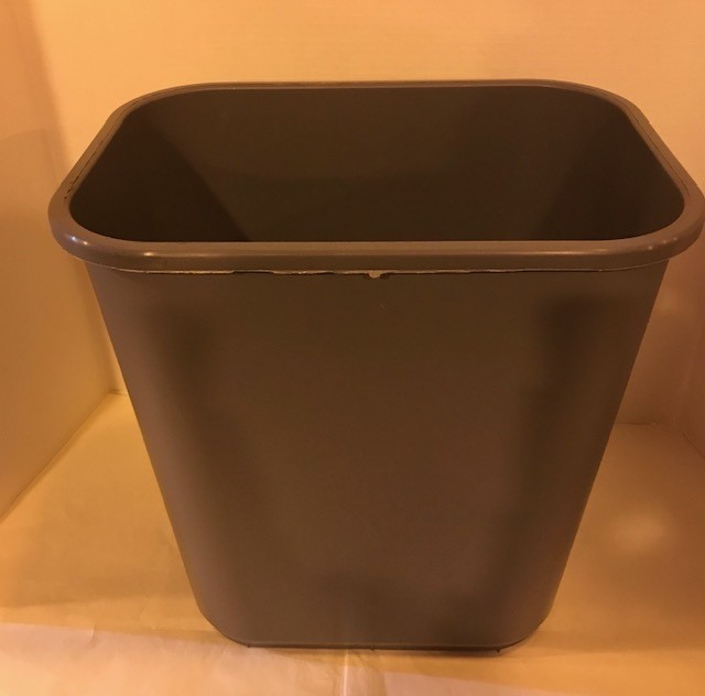 WASTEBASKET, PLASTIC 28-1/8 QUART, RECTANGULAR, GRAY #2818