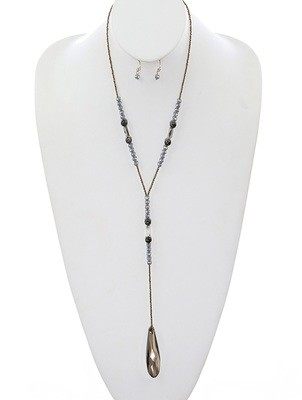 Elaina Necklace Set