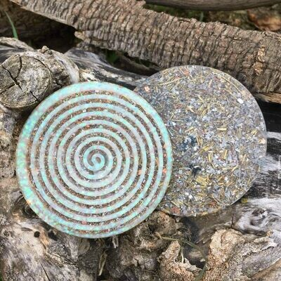 Orgonite Spiral Glitter Coaster - White