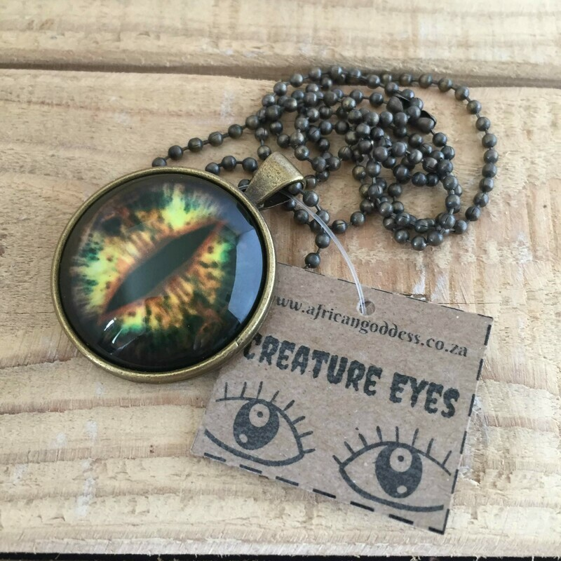 Creature Eye 30mm Pendant Necklace - Green 1