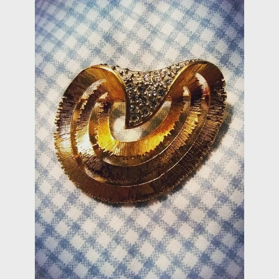 Vintage Brooch With Cubic Zirconias