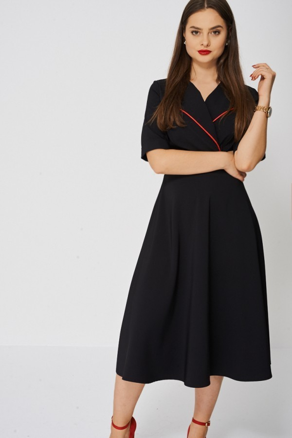 Black Dress with contrast collar