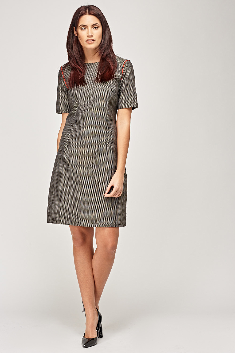 Contrast Sleeve Trim Shift Dress