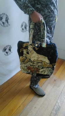 Carpet bag Big Horn Sheep and  hinged lined