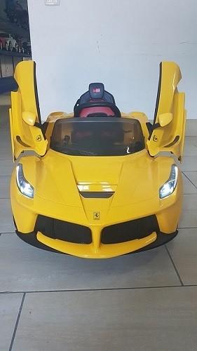 AUTO MACCHINA ELETTRICA PER BAMBINI La Ferrari 12v PRODOTTO LICENZIATO