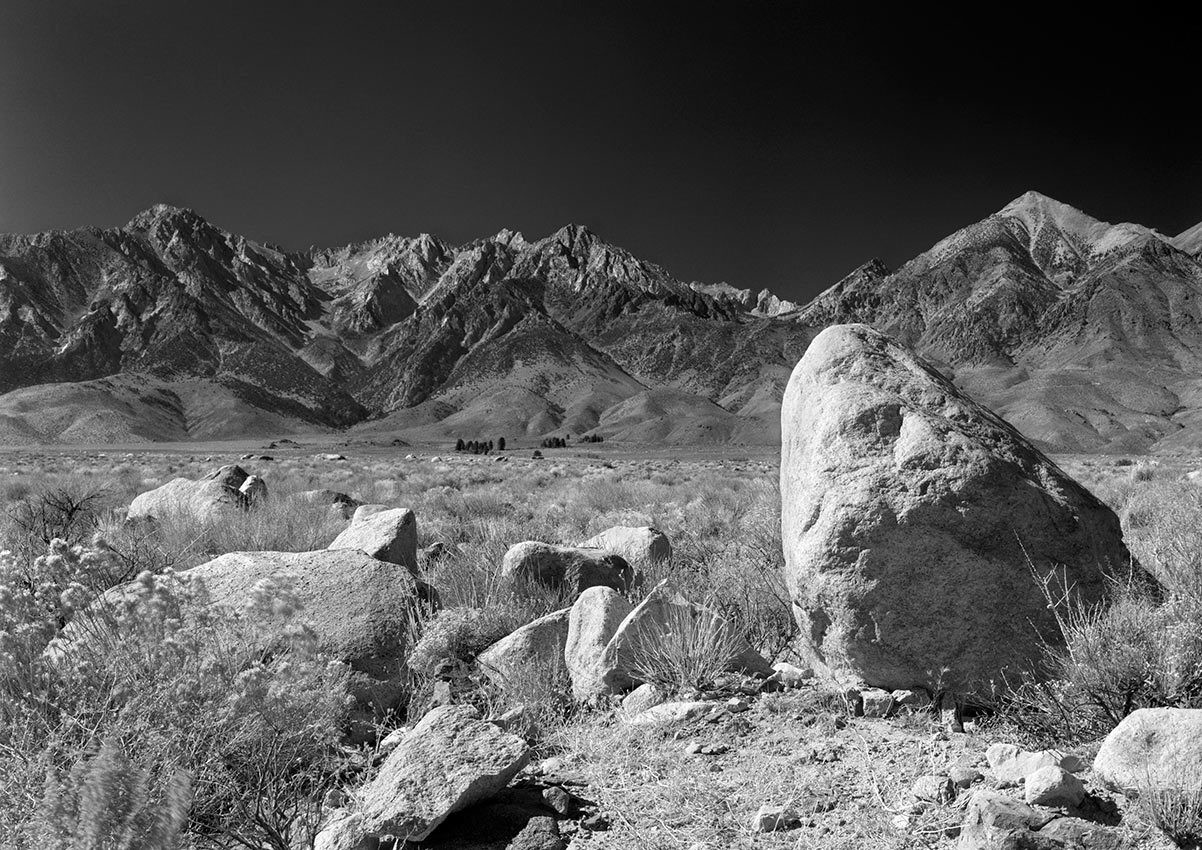 Alabama Hills - To Mount Wiliamson from Lone Pine, California