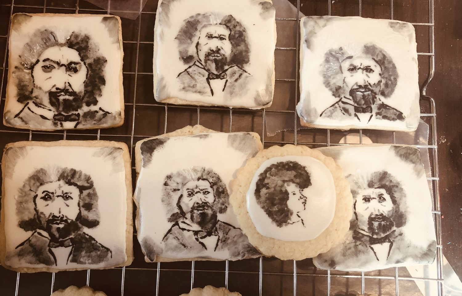 Square portraits with royal icing are done in 1/2 dozens Price Includes Shipping Cost