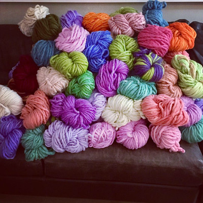 Skein of Arm Knitting Yarn | 100% Hand Dyed Wool Luxurious | 200gm