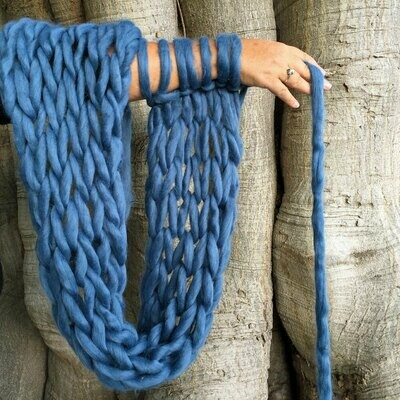 Art of Arm Knitting Workshop | Private Tuition, Gathering of Friends, Celebration