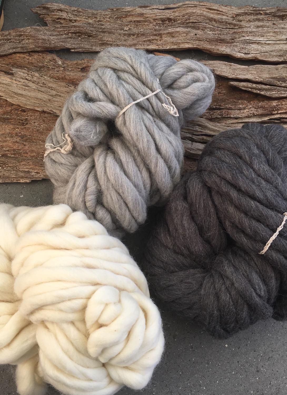 Skein of Arm Knitting Yarn | 100% Wool | 220gm